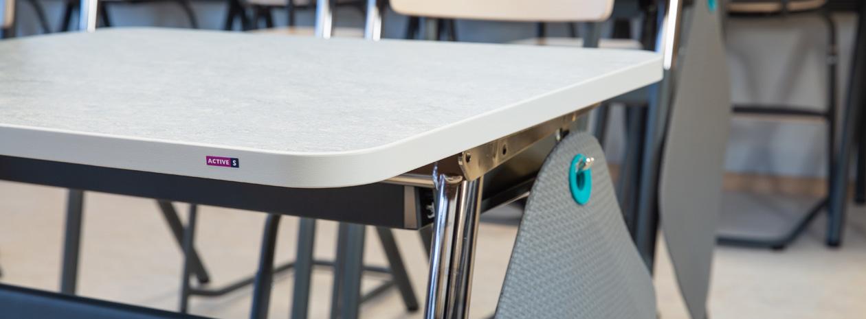 ActiveS elevbord, manuellt höj och sänkbara.