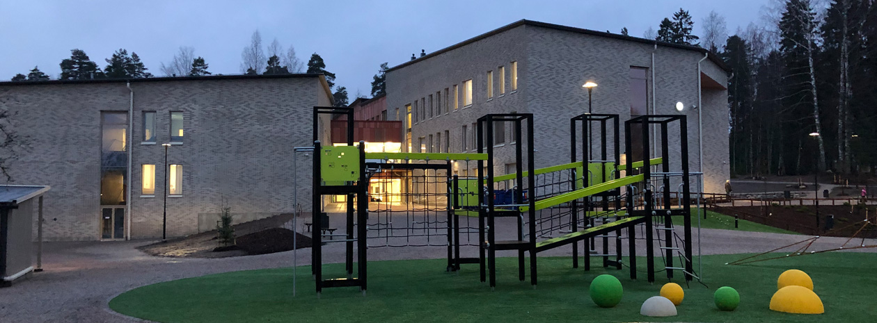 ActiveS bord till Strömborgska skolan i Borgå Finland